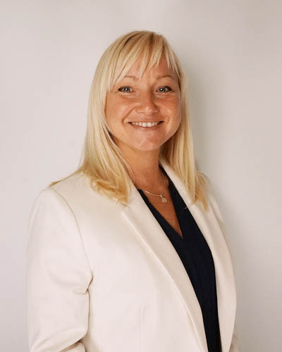 Andrea Balko-Kinal _ Business