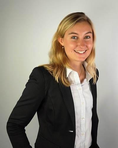 Anna-Carla Ostmeier _ Business